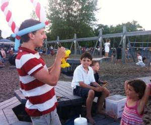 The Balloon Man -- Steven Marcinuk -- wows young fireworks-goers.