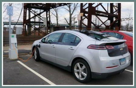 An electric charging station at the Saugatuck train station. (Photo by Paul Schott/Westport News)