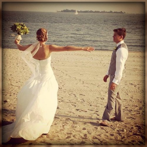 Just because 2 people got married at Compo Beach, we don't call it a chapel. (Photo by Betsy P. Kahn)