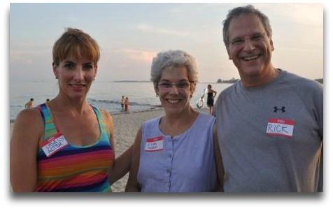 Master cupcake maker Lisa   Alter, Linda Hudson and Rick.
