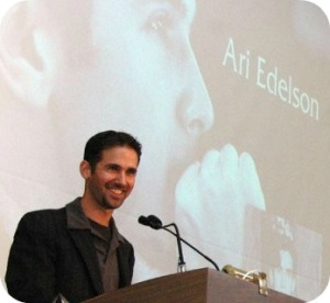 Ari Edelson, accepting the Westport Arts Center Horizon Award. (Photo/Emily Hamilton Laux)