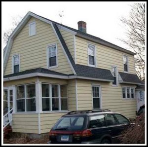 9 Danbury Avenue, before the renovation.