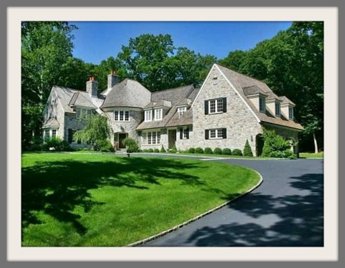 Business Insider's photo of a home in Westport's richest neighborhood, courtesy of Zillow.