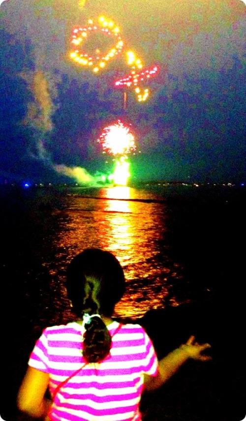 Westport's 2014 fireworks, as seen from Hillspoint Road.