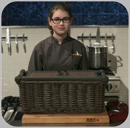 "Hannah Bukzin, on the ""Chopped"" set)"