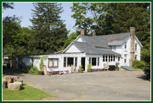 Wakeman Town Farm: the front view... (Photo/Peter LaMastro/LincLine Photography)