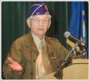 Manny Margolis, at a Town Hall ceremony. (Photo/Craig Skinner)