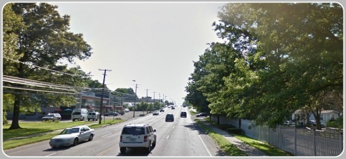 The heavily trafficked stretch of Post Road East near the Westport Inn. Sasco Creek Village is on the right; Lansdowne Condos (not shown) are on the left. (Photo/Google Street View)