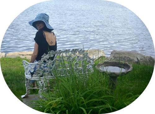 Noor Zakka sports one of Noorism's summer hats.