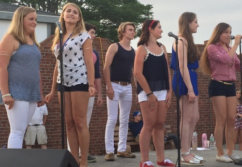 Music Theater of Connecticut's Glee group performed, to the delight of a large crowd near the pavilion.