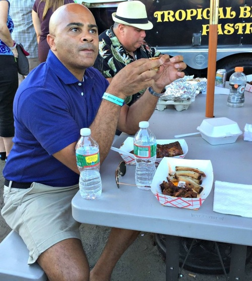 What's a barbecue festival without ribs...
