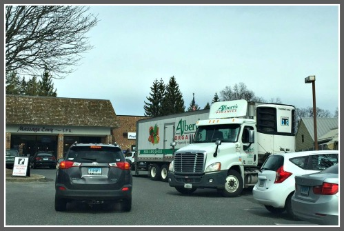 The scene outside Westport's main post office is often as tough to manage as the one JP Vellotti found inside. This was the scene last Saturday, at 12:30 p.m. Yes, the Albert's Organics truck was parked there.