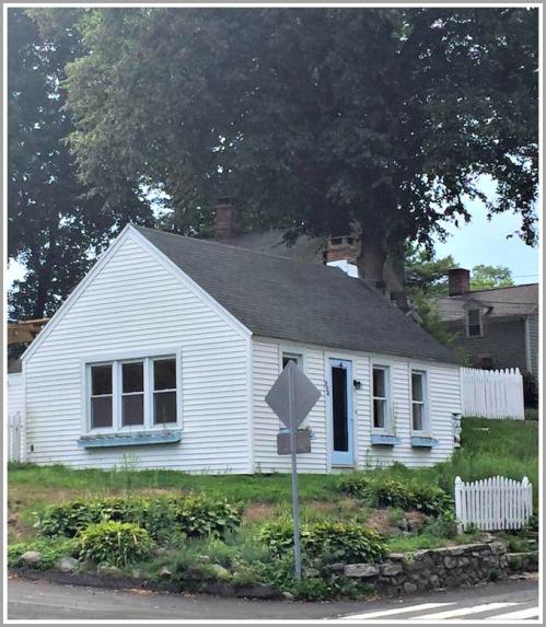 Jerri Graham's cottage, on Main Street at Wild Rose Lane.