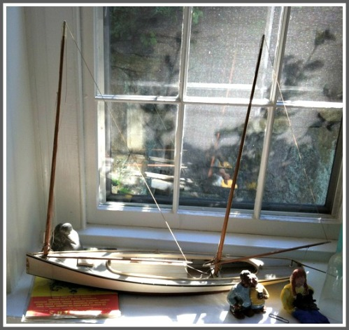 A Sharpie model built by Harry Runyon, caretaker of the Sherwood Mill Pond island house.