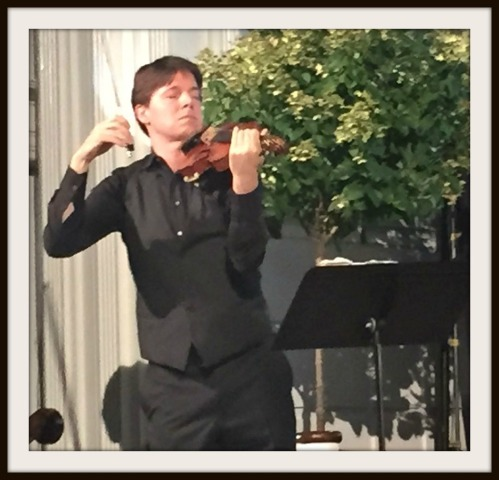 Joshua Bell, on the Saugatuck Church stage.
