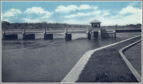 post-road-swing-bridge-before-widening-and-parker-harding-8-3-46