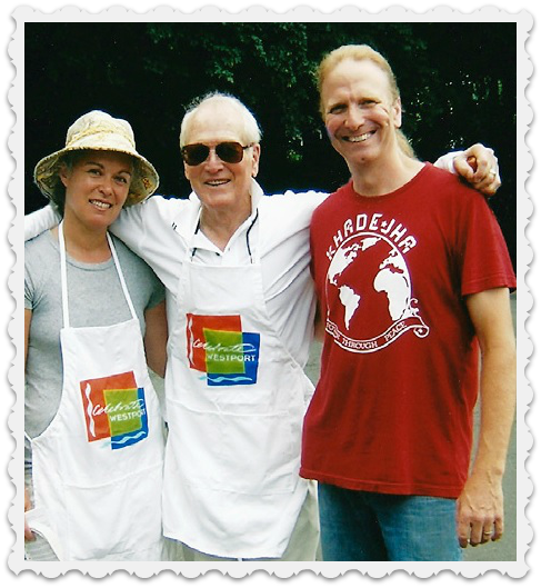 Paul Newman, flanked by Lori Cochran-Dougall and Michel Nischan, proudly sporting Westport Farmers' Market gear.