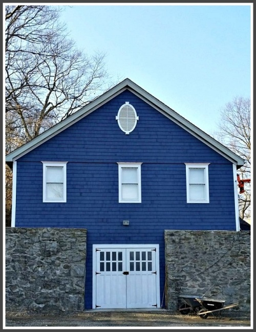 The former Nash ice house -- now Daniel Nash's home. (Photo/Frank Rosen)