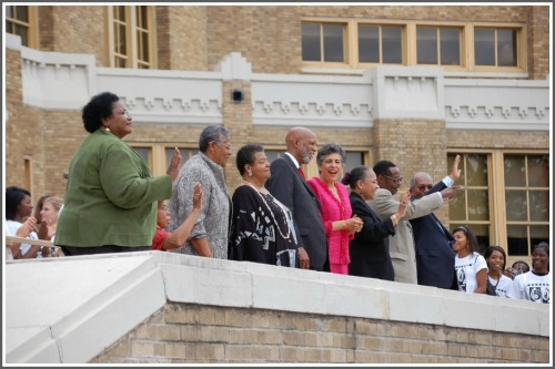 little rock 9 50 years later To mark the 50th anniversary of the little rock nine, one of the original nine—then terry roberts, now dr terrence roberts—spoke of his experiences then and since at the urban issues forum.