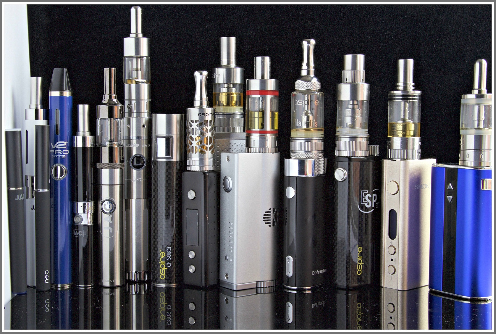 A variety of vaping devices. (Photo courtesy of Wikipedia)