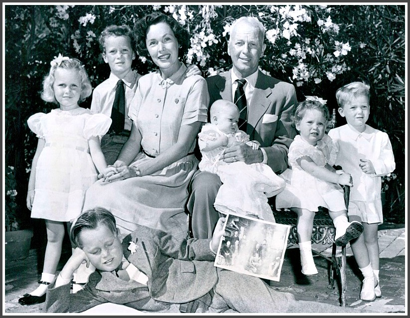 Maureen Osullivan And John Farrow With Their Children In 1950 From Left Mia Patrick Maureen John Holding Stephanie Prudence And Johnny